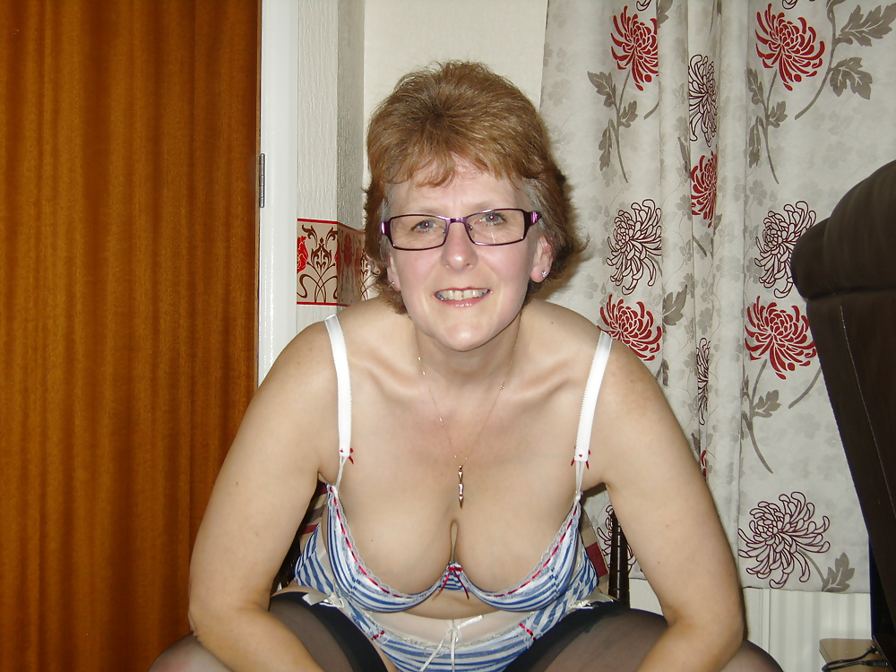 Sexy mature wifes