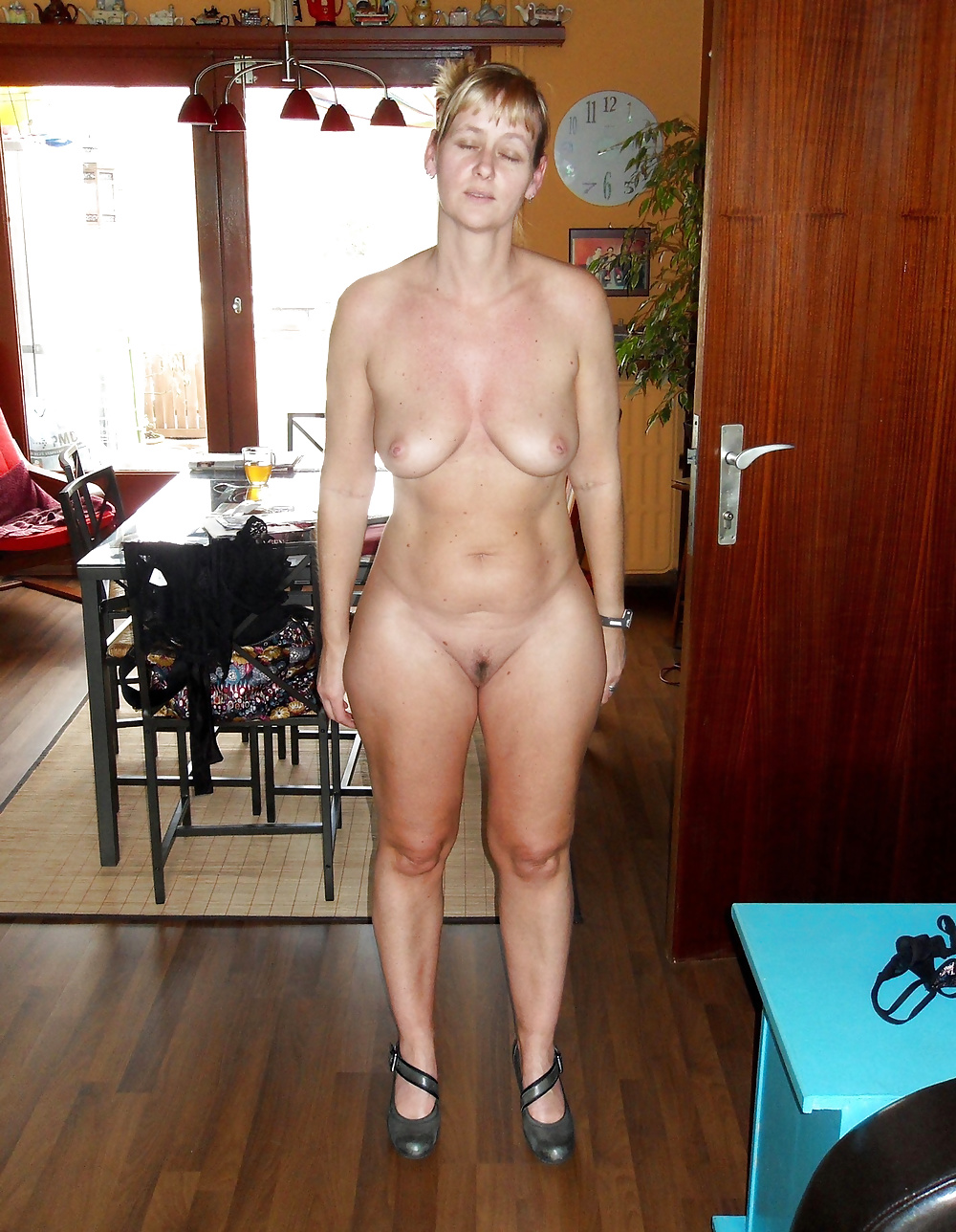 Amateur sexy blonde big boobs milf kitchen table fuck 7