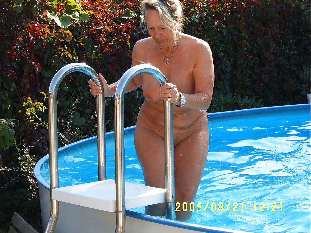 mom with glasses naked